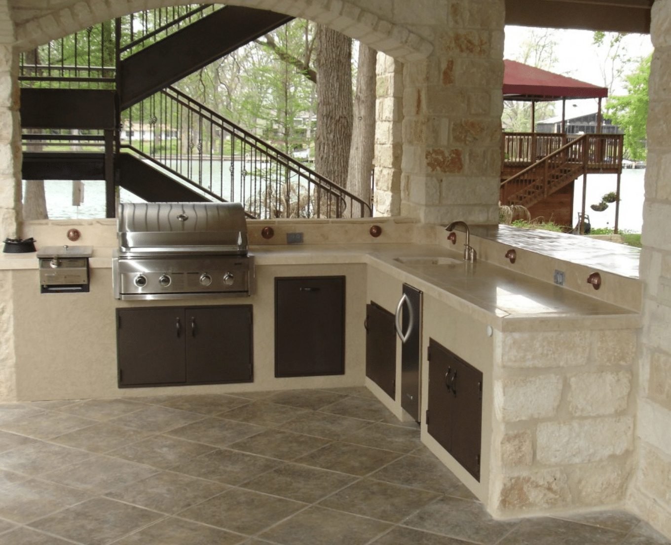 Outdoor Kitchens & BBQ in Blaine, Minnesota and Surrounding Areas